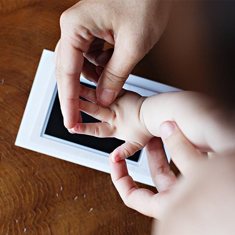 Bezpečný set pro dítě na otisky nožiček a ručiček - sleva 80 %