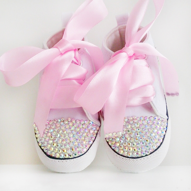 2019 Newborn Rhinestone Baby Shoes Bling White Lace Baby Girls Crystalized Shoes Toddler Prewalker Cute 0-18month