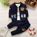 2016 новая весна осень мальчик одежды детей avtive мультфильм медведь одежды 3 шт. наборы дети мальчики пальто + T рубашка + брюки хлопок