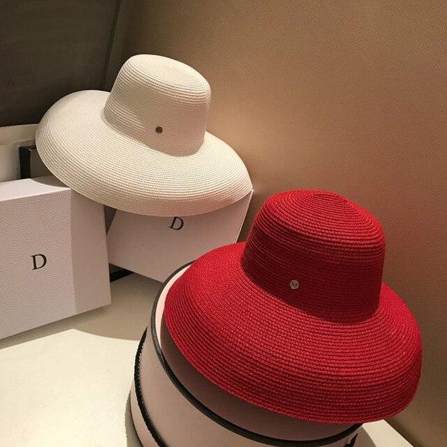 13 سنتيمتر حافة واسعة شاطئ قبعة الشمس المرنة كبيرة النساء قبعة صيفية أحمر أسود أبيض أحمر UV الشمس كتلة القش قبعة طوي السفر دربي قبعة