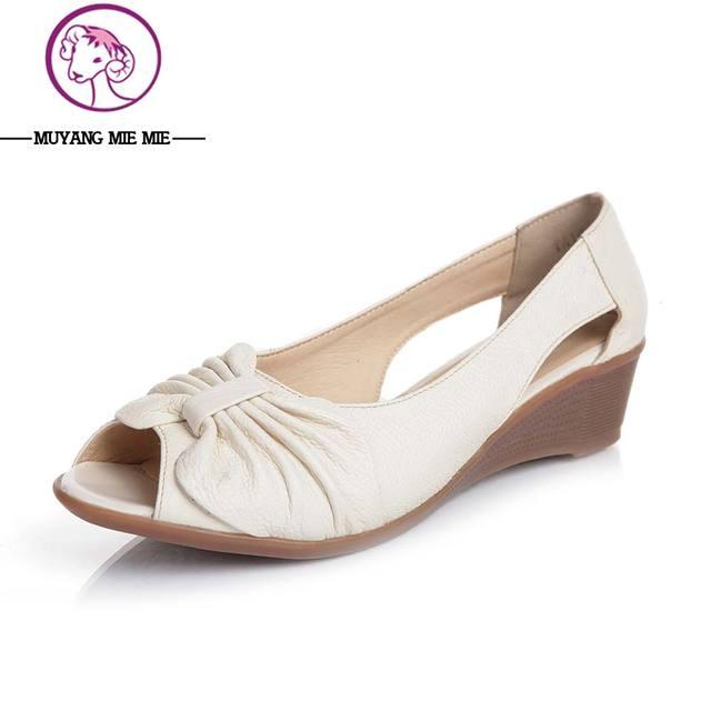 huge discount 1224a 9f221 US $35.99 |Scarpe donna Estive Pieghettato donne del Cuoio Della Mucca  sandali Toe Tacchi Alti Scarpe Donna Sandali Fannulloni Comode Scarpe Da  Lavoro ...