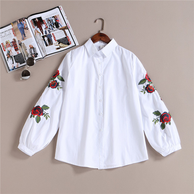 100% Real 2017 Chegada Nova Primavera Mulheres Casual Algodão Blusa Branca Camisas Lady Manga Comprida Rosa Floral Bordado Camisa Feminina