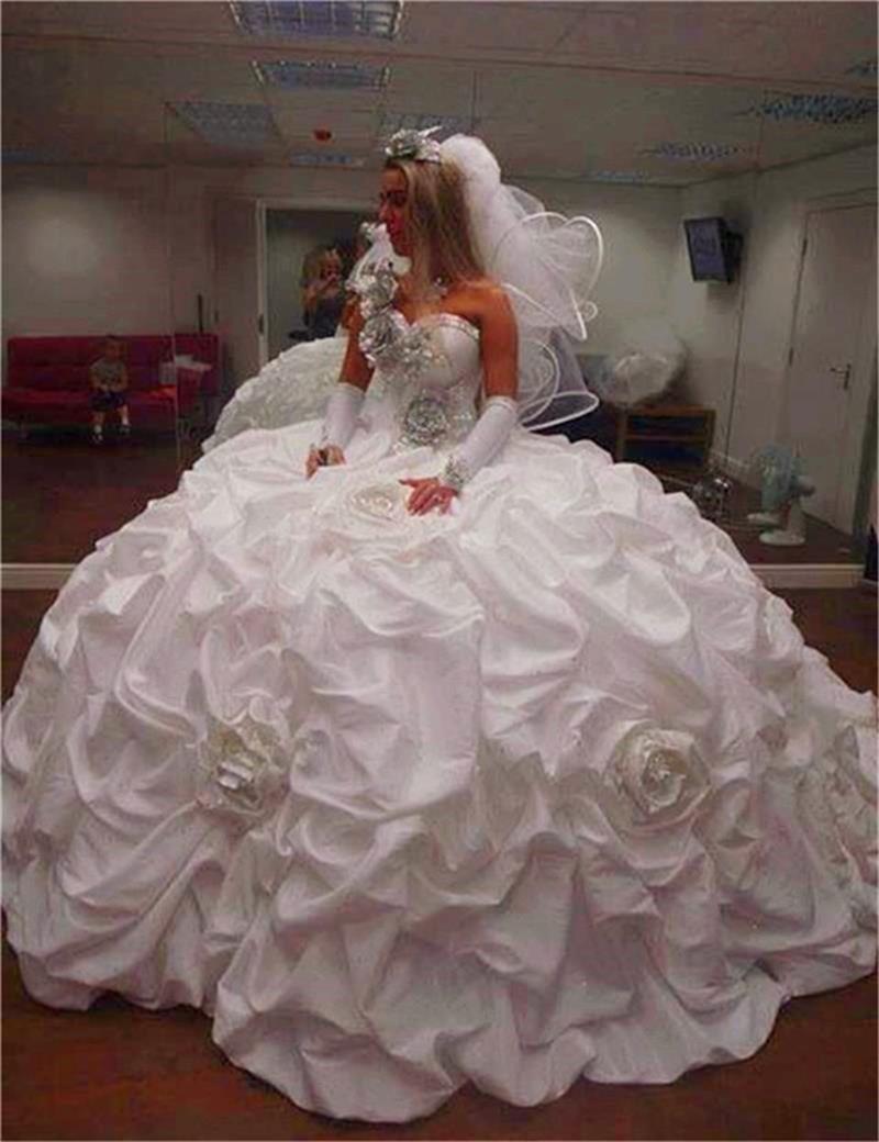 2019 Vintage Luxury Sweetheart Ball Gown Wedding Dress One Shoulder Appliques Pleat Beads Wedding Gown Rose Vestido De Noiva
