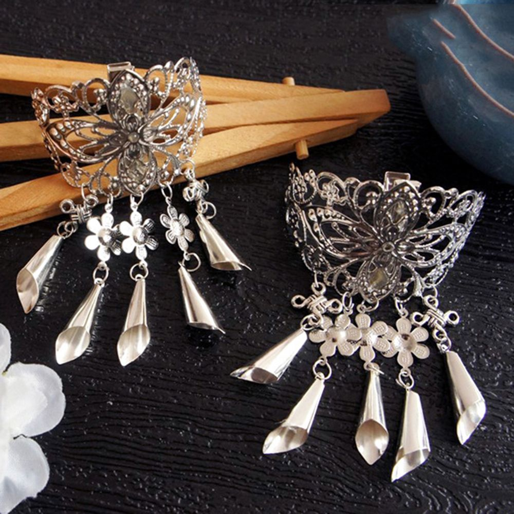 CRH_Haimeikang-Retro-Hollow-Alloy-Hair-Clips-for-Women-Hairpins-Headwear-Crystal-Tassel-Pendant-Hair-Pins-Claw (1)