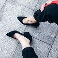 Весна Новый Толстый Каблук Заостренные Женской Обуви Черный Серый Nuback Кожаные Ботинки для Работы Официального Поста Обувь Женщины