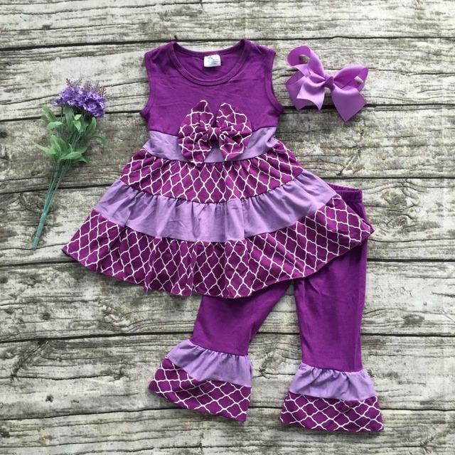 2016 meninas novas do bebê Verão roupa roxo Quaterfoil conjuntos de roupas boutique plissado capris crianças arco acessórios combinando