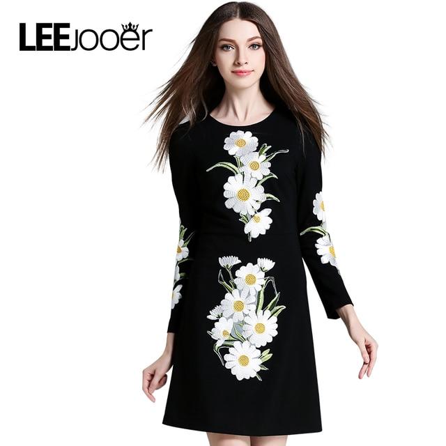 LEEJOOER Весной Платье 2017 Мода Европейский Стиль Женщин Элегантный Вышивка Повседневная Урожай С Длинным Рукавом Печати Цветочные Мини-Платье