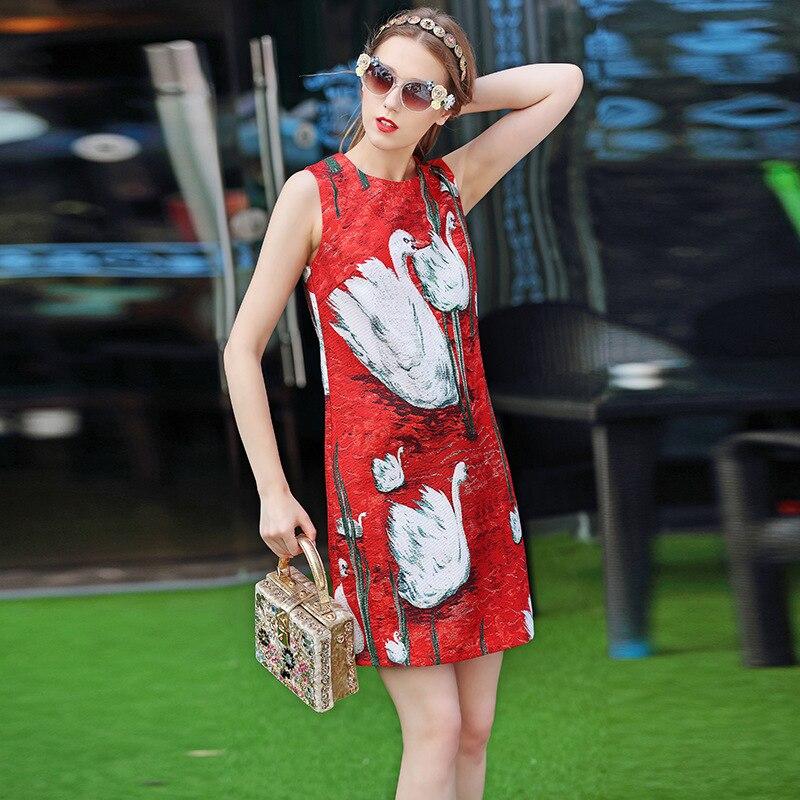 高品質 2017 ファッションデザイナーの滑走路ドレス女性のベスト赤白鳥プリントボタンカジュアルストレートノースリーブドレス  グループ上の レディース衣服 からの ドレス の中 3