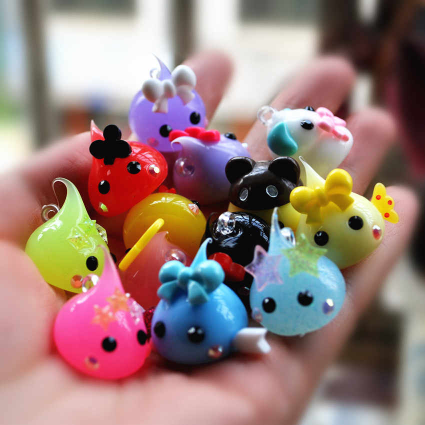 DIY kawaii charms ship by random 20pcs mix (it is soft) 18mm(size only for silicone,do not iclude resins on it)