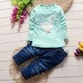 2016 nova baby boy sets de roupa dos desenhos animados crianças casual minions ternos infantil menina roupa das crianças set 2 pcs T shirt + calças
