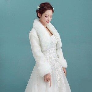 Image 5 - Yeni Bolero kadınlar Faux kürk Stoles uzun kollu yüksek kaliteli kürk Bolero ceket gelin pelerinler kış düğün ceket kürk Bolero OJ00192