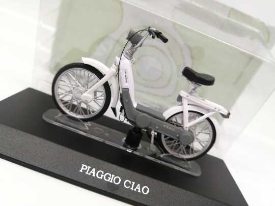1:18 PIAGGIO CIAO motorcycle alloy model Car Diecast Metal Toys Birthday Gift For Kids Boy other
