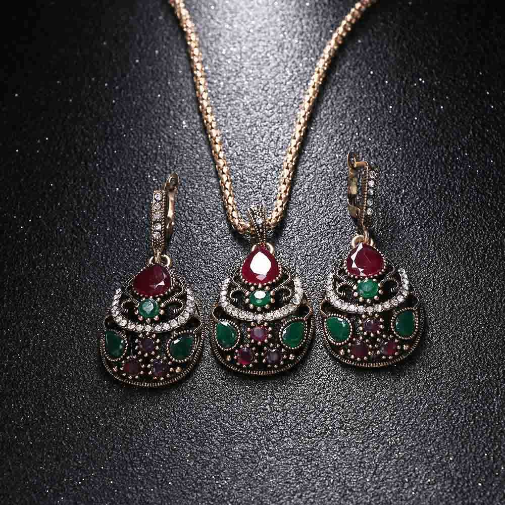 3 Pcs/Set Newest Women Jewelry Set Resin Pendant Necklace Crystal Rhinestones Earrings Wedding Accessories