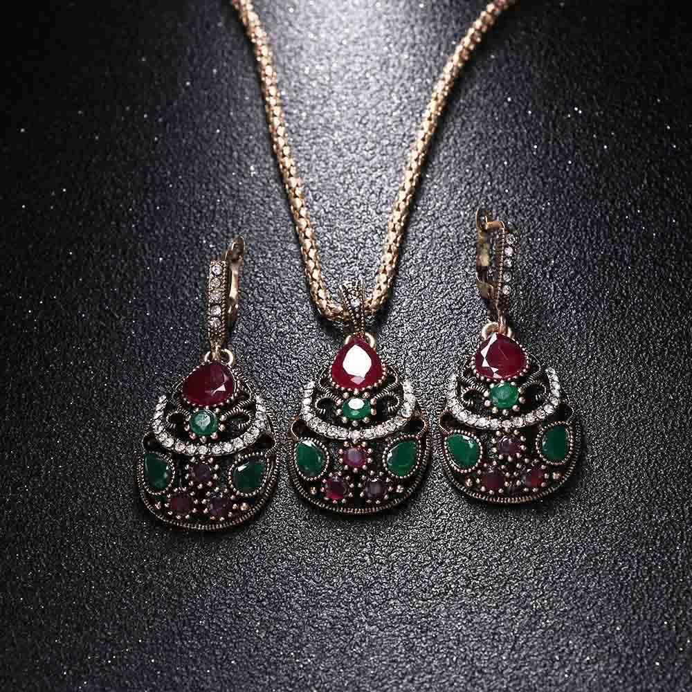 3 Pcs/Set Newest Women Jewelry Set Resin Pendant Necklace Crystal Rhinestones Earrings Wedding Accessories