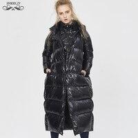 Для женщин Зимние черные сапоги длинный пуховик 2019 Новая мода с фальш вставкой, с капюшоном на белом утином пуху пальто с перьями большой Ра