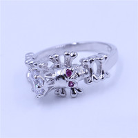 Choucong Vintage Skull Ring Women Punk Jewelry Round 7mm Clear 5A Zircon Cz White Gold Filled
