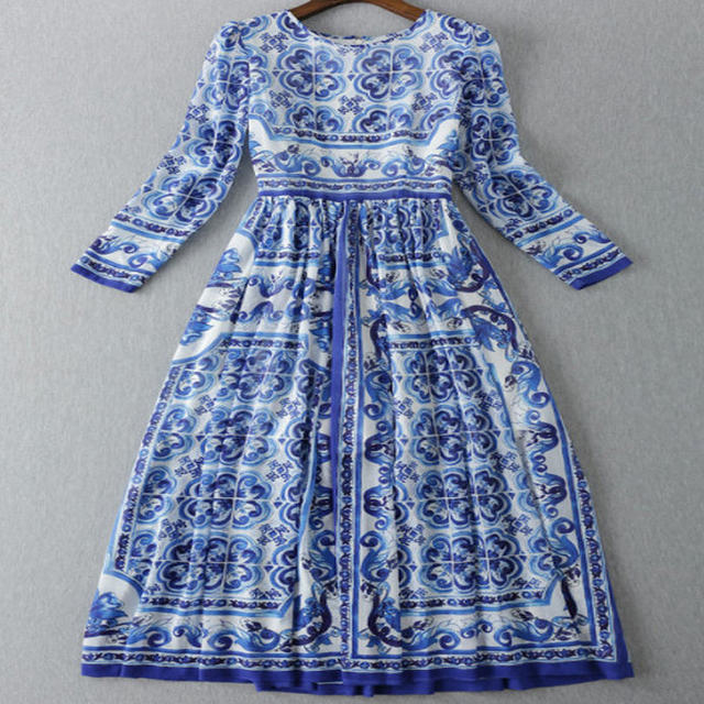 3979e160ed1 2017 Runway Fashion Women s Long Sleeve Mid-calf Vintage Blue and White  Porcelain Majolica Printed Holiday Dress Midi Dress JC52