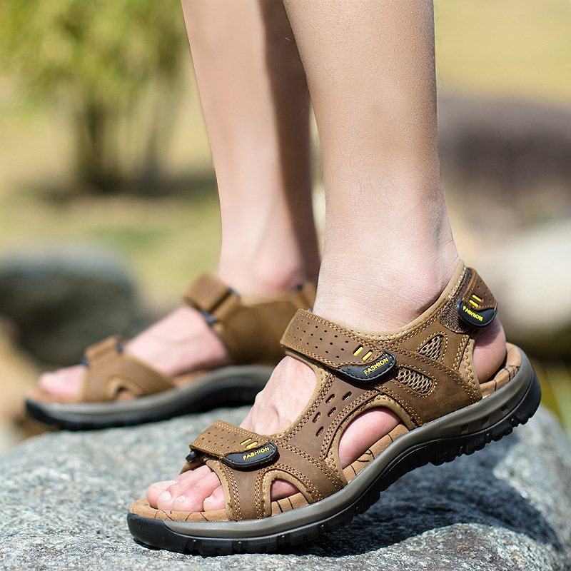 Hot Sale New Fashion Summer Leisure Beach Men Shoes High Quality Leather Sandals The Big Yards Mens Sandals Size