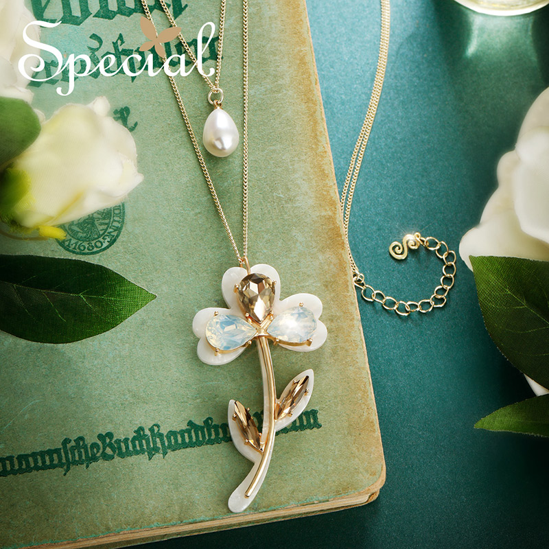 The SPECIAL New Fashion long necklace pendant woman multi layer chain showing thin skin as quiet as poetry S2041N
