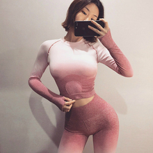 Ombre Seamless 2 Piece Set Women Sport Suit Gym Workout Clothes Long Sleeve Fitness Crop Top And Scrunch Butt Leggings Yoga Set lace panel scrunch long sleeve top