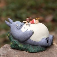 Miyazaki hsiao mei lies prone on the belly of the dragon cat on micro landscape home statues sculpture Home wedding decoration