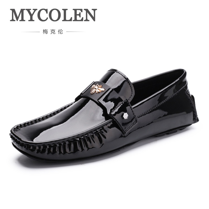 MYCOLEN Men Loafer Shoes Trendy Genuine Leather Leather Slip-On Loafers Style Men Driving Casual Black Flats Shoes Sapatenis Men 3 colors calfskin leather casual buckle comfort slip on loafer men boat shoes bussiness shoes