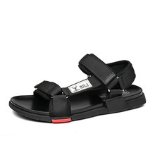 Sandals Men 2019 New Casual Leather Non-slip Mens Slippers Beach Summer Breathable Dad Shoes