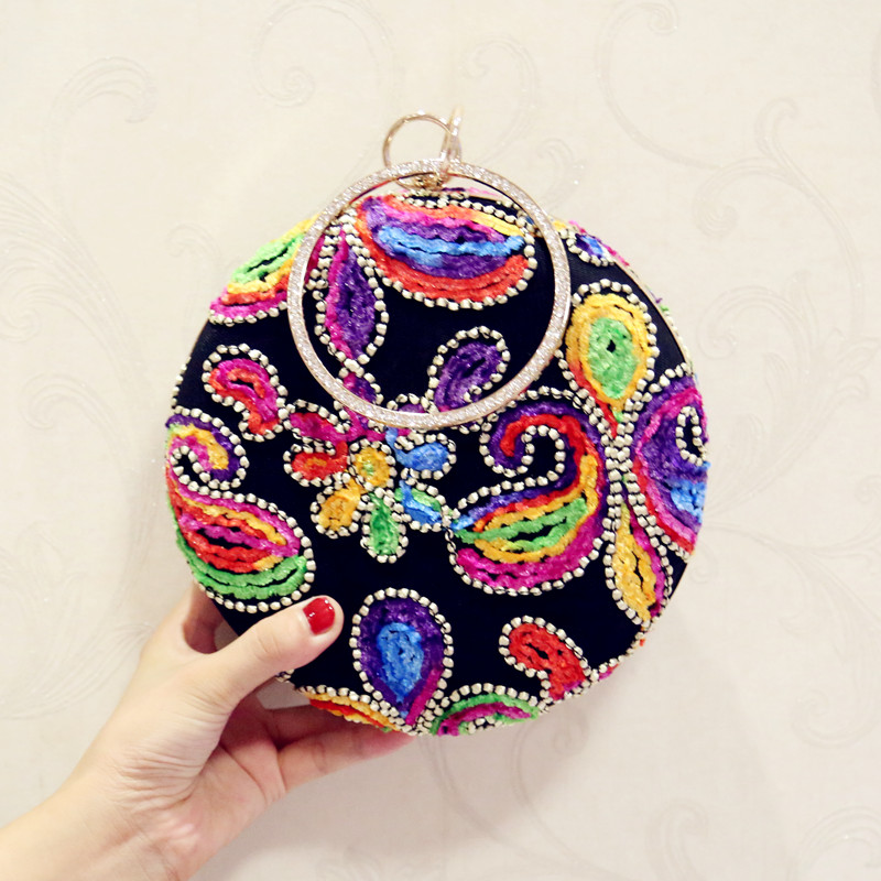 Black vintage diamond-studded evening bag day clutch mini 2017 all-match chain small round package female bags wedding bag women thailand tide brand platinum all match female bag stereo flower pearl diamond shoulder bags platinum small bag