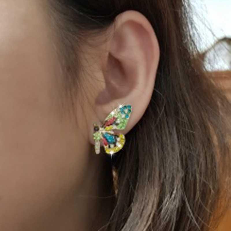 جديد الأوروبية والأمريكية شخصية الموضة قصيرة فراشة الأذن مسمار اللون الحفر ملحقات الحفلات الأذن مسمار