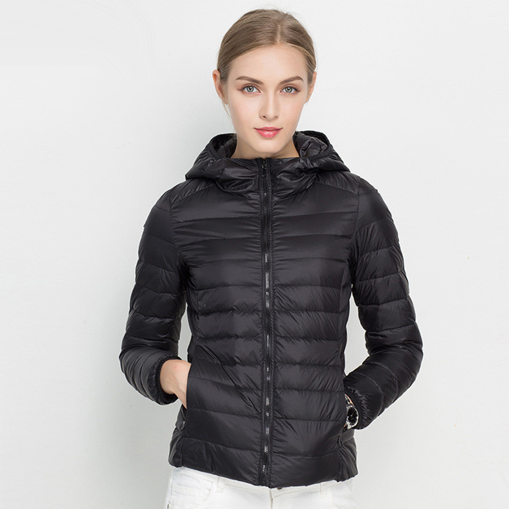 2016 Kış kat aşağı Ultra Hafif Kadınlar Ördek palto Sıcak ceket Kaban Kadın Giyim Kapşonlu Parka femme Artı boyutu Siyah beyaz