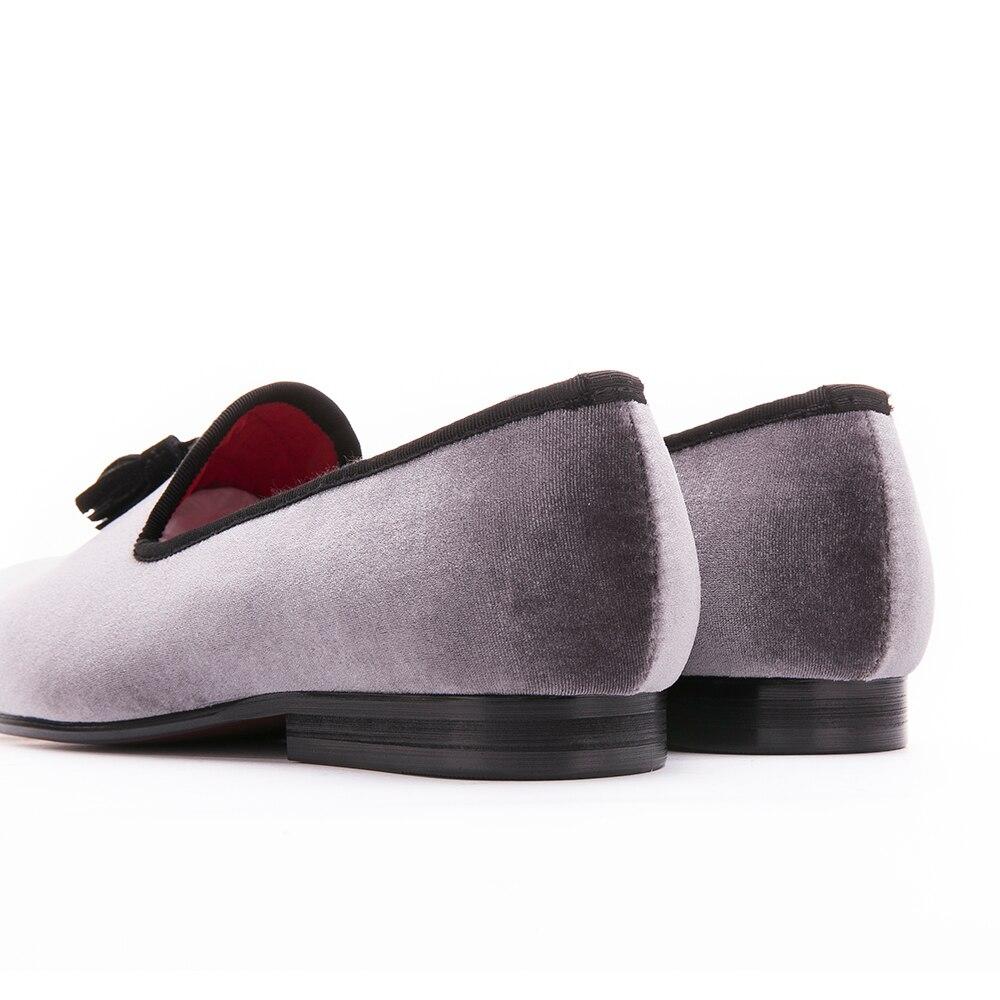 2017 hommes velours chaussures à la main Noir Tassel Party hommes et mariage Mocassins Homme Mode fumeur Chaussons gris wmUCzFaAqb