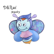 Cute Bee Pins for Kids Girls Gift Cartoon Insects Brooches Women zinc alloy Christmas Jewelry Accessories Enamel Pin 2019