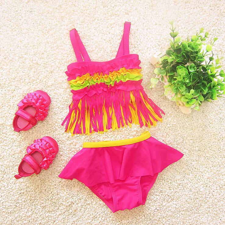 Enfants fille arc en couleurs ruches bikini set infant toddler 2 pcs maillot de bain ensemble Spandex glands bébé maillots de bain en gros dans Maillots de bain de Mère et Enfants