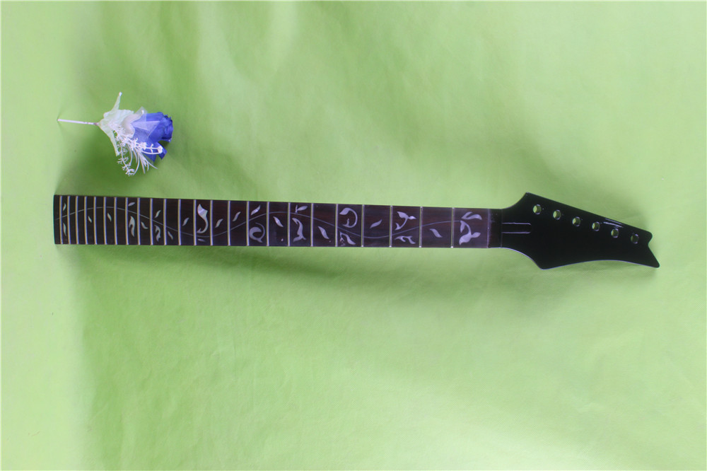 black  color 24 frets holt on   One electric guitar neck mahogany    wood  and ROSEWOOD  fingerboard 171# black color 24 frets holt on one electric guitar neck mahogany wood and rosewood fingerboard 171