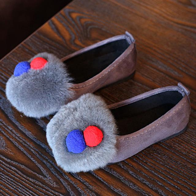 2017 moda de piel de conejo niños bailarinas de ballet shoes pisos de invierno de los niños princesa de la muchacha niños fur shoes para el ocio