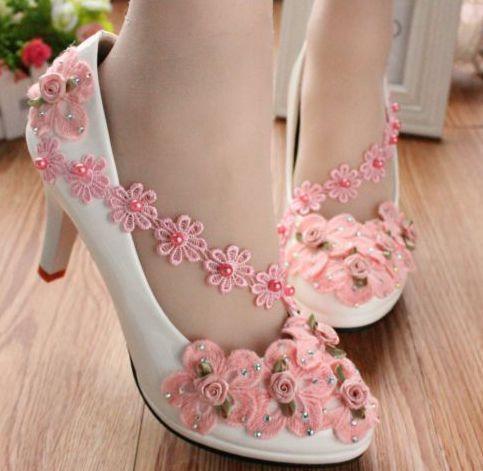 Media baja tacón alto de moda del banquete de boda flores zapatos para mujeres, flor rosada hechos a mano bombas nupciales, TG043 zapatos de vestir ventas