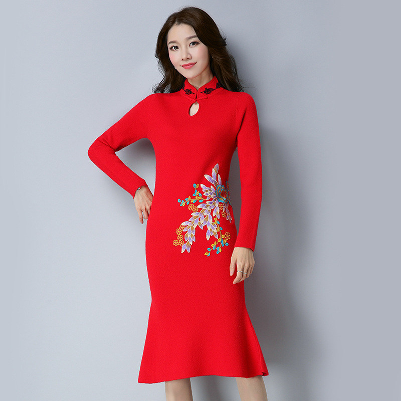 Autumn Winter Women Floral Embroidery Dress 2017 Chinese Style Long Sleeve Dress Sexy Party Bodycon Sweater Dresses Plus Size