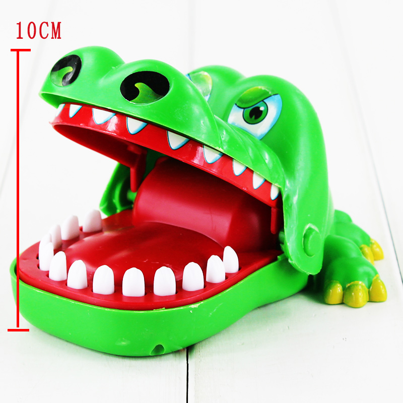 Approx 10cm Large Fun Toys Crocodile Dentist Bite Finger Game Funny Novetly Crocodile Toy for Kids Gift hot pie cake to face gags practical jokes fun funny gadgets family game prank finger funny stress toys for kids gift