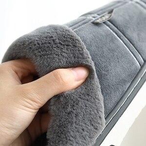 Image 5 - Inverno caldo pantofole da uomo In Pelle Scamosciata Percalle Breve peluche scarpe Indoor per il maschio antiscivolo Accogliente Velluto Pelliccia Impermeabile uomini di casa pantofole