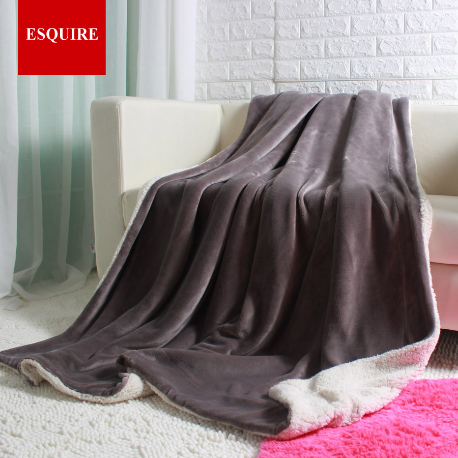 ФОТО Thick warm double layer flannel plus sherpa man made lamb fur blanket 145x195cm