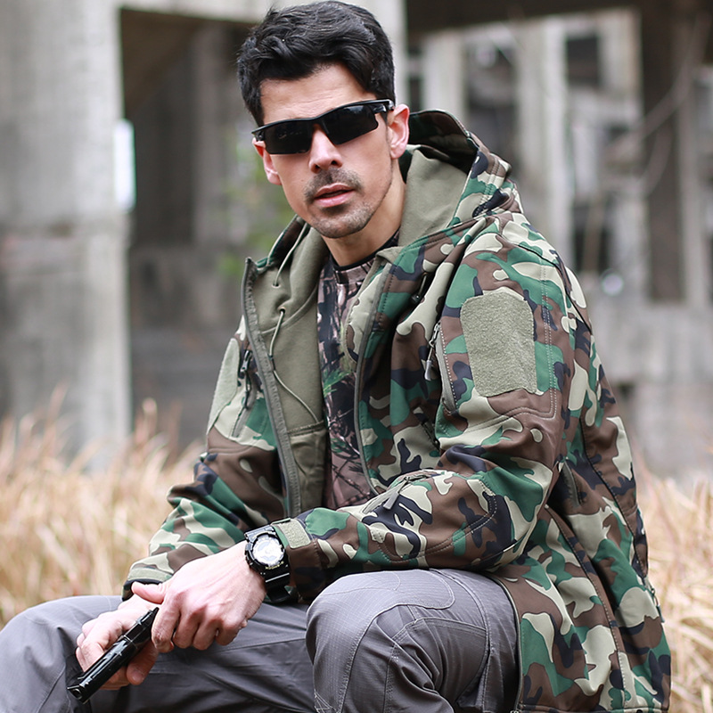 Outdoor Hiking Jacket Sport Softshell Jackets Men Clothes Camouflage Military Tactical Camping Hunting Suits Thicken Fleece