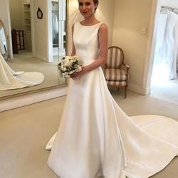 Самый дешевый Boho A-Line Jewel свадебное платье с открытой спиной Часовня Поезд Атласное свадебное платье лук на спине Страна Свадебные платья