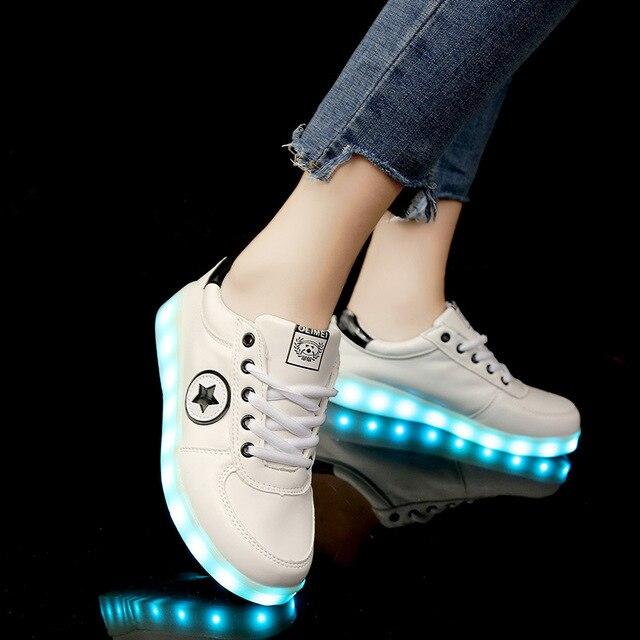 51477fc4a03a9a Größe 35-44 USB Lade Licht Schuhe Jungen und Mädchen Glowing Sneaker LED  Leucht Turnschuhe