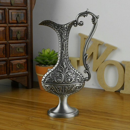 New Arrival Gorgeous Family Home Decoration Carving Metal Tabletop