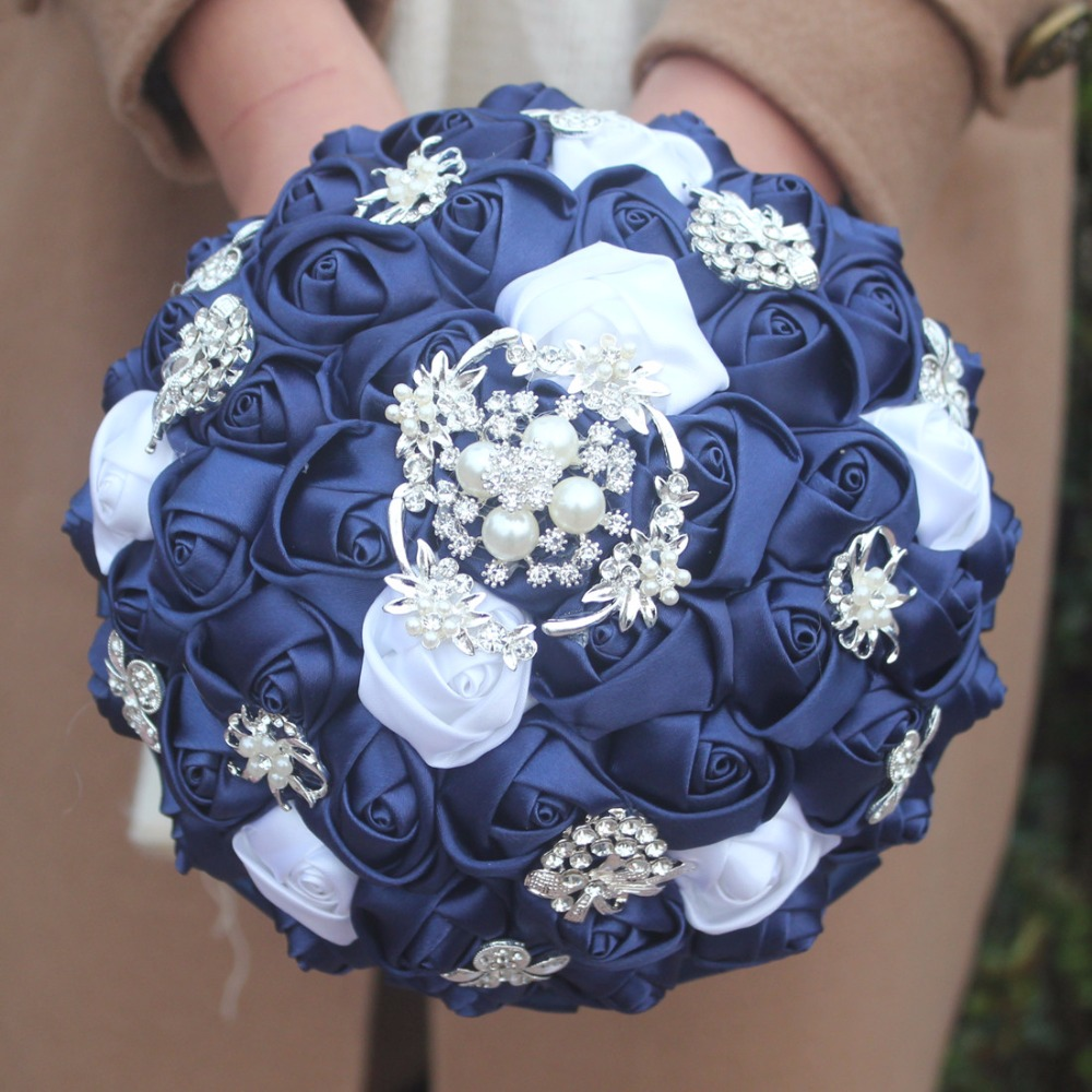 Customized navy White Color Silk Flower Wedding Bouquet Bridal Bouquets Elegant Diamond Bride Bridesmaid Artificial Rose W293-in Artificial & Dried Flowers from Home & Garden    3