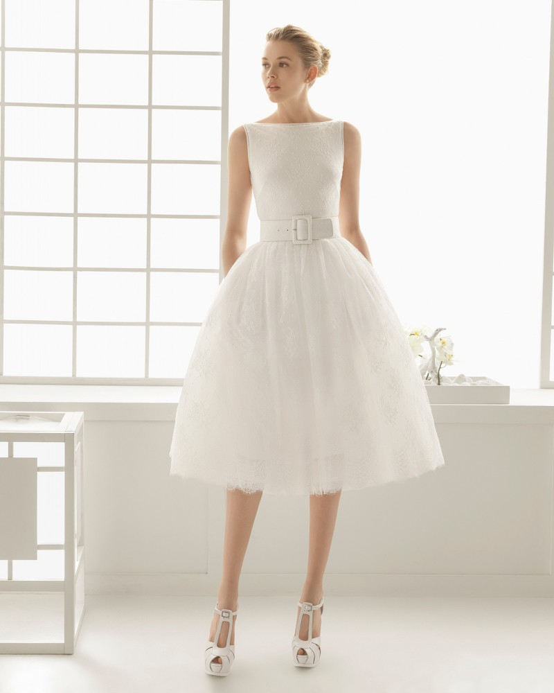 2016 Short Wedding Dress Vintage Lace Crystal Boat Neck Sashes Ball Gown Hollow Back Oned Zipper Dresses In From Weddings