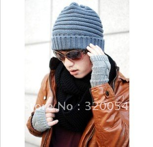 Free shipping 1PCS 2013 NEW The autumn winter fashionable men's and women's warm hat Fashion knitting caps wholesale 3 color free shipping 2016 new 1pcs wholesale diamond grid stripe knit cap man and a woman in winter warm hat 100% quality assurance