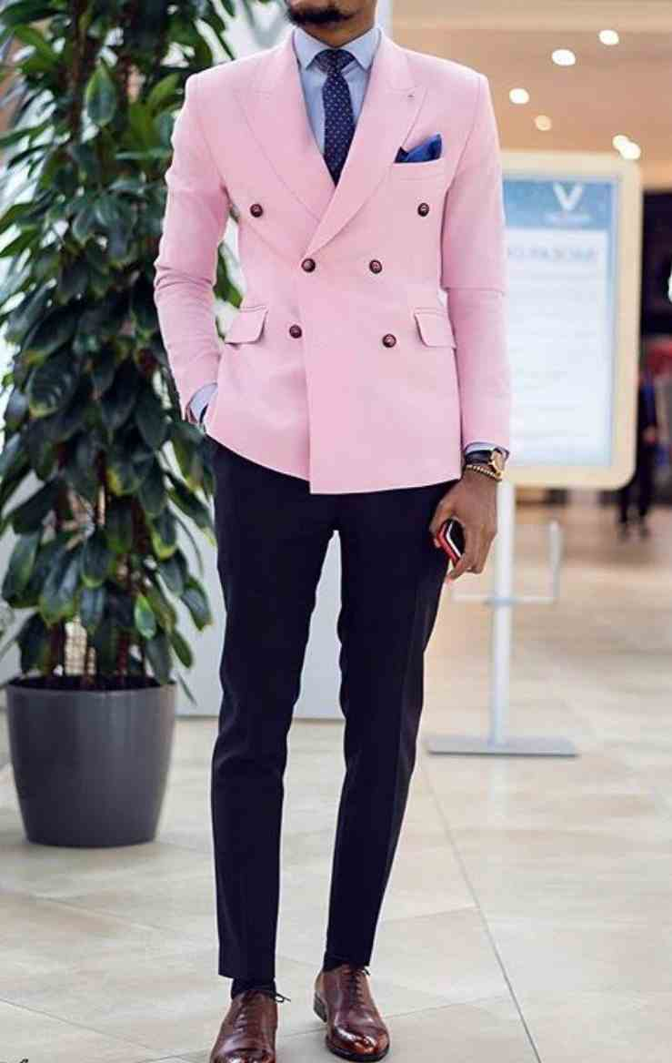 Custom Made Groomsmen Pink Jacket / Navy Blue Pants And Tie Groom Tuxedos Peak Lapel Double Breasted Men Suits 2 Pieces C601