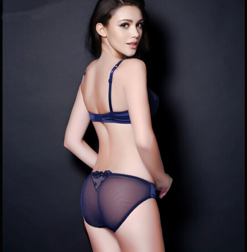 Discover a fantastic range of bras, panties, sleepwear and swimwear at Bras n Things - Inspiring with our perfectly fitting lingerie for over 25 years.