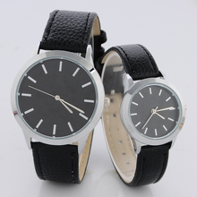 Fashion Women Men Casual Leather Casual Quartz Watches Role Quartz Wristwatches for Women Ladies Lovers Couple